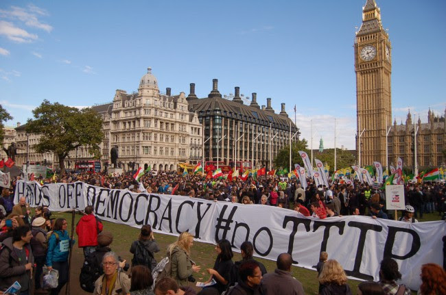 Demo outside parliament protesting TTIP
